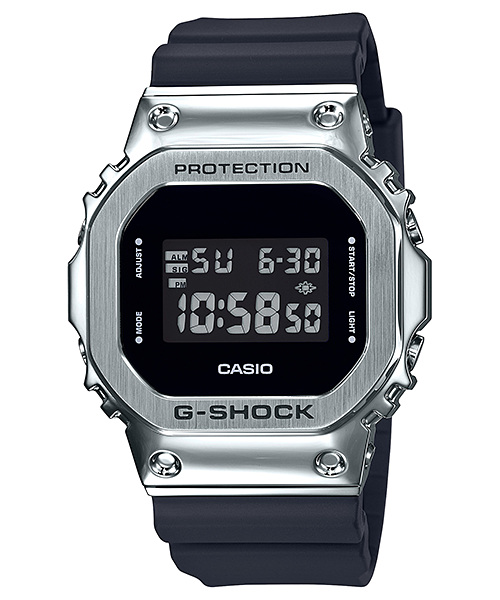 CASIO GM-5600-1 yang dilengkapi dengan fitur Bluetooth